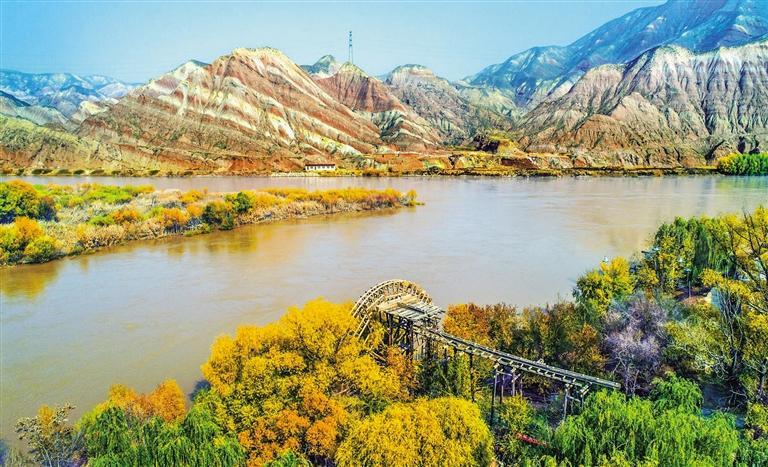 @丁真 我们带你游金城看两山对峙大河中流