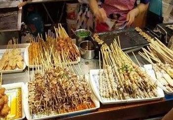 《甘肃省食品小作坊小经营店小摊点监督管理条例》明年1月1日起施行