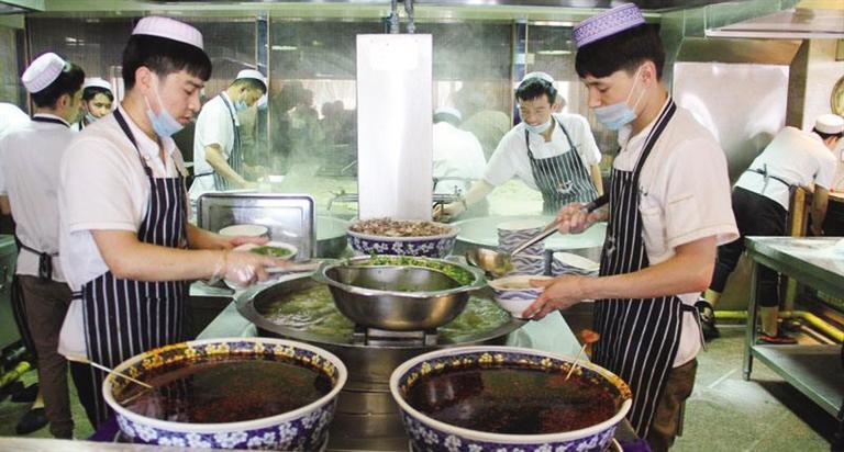 """产业链延伸 文化底蕴浓厚 行业高质量发展  兰州牛肉拉面成就""""碗里的世界"""""""
