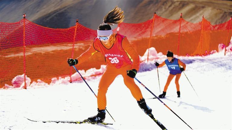 甘肃省青少年越野滑雪锦标赛在兰州新区鸣枪开赛