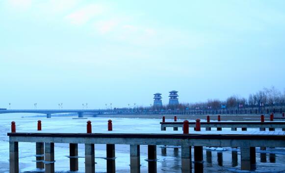 甘州:冬日黑河奏出醉美旋律
