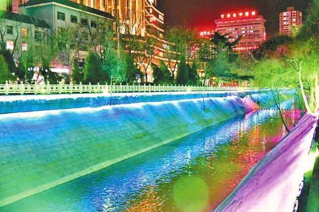 """兰州七里河北街洪道改建完成 美得""""流光溢彩"""""""