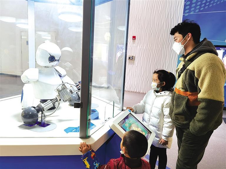 甘肃科技馆3年接待公众250余万人次