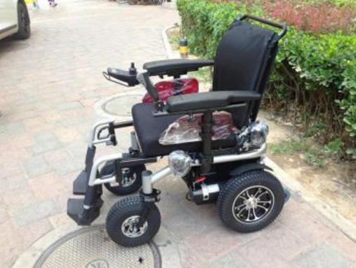 兰州免费发放电动轮椅车助力残疾人出行
