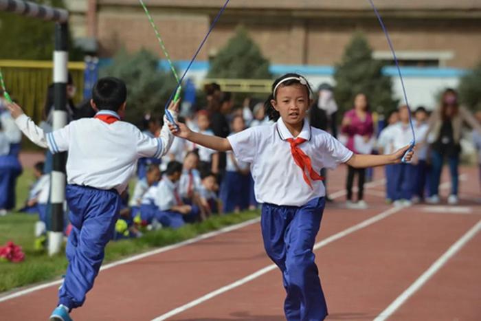甘肃省教育厅积极推动全省中小学校大课间竞赛活动