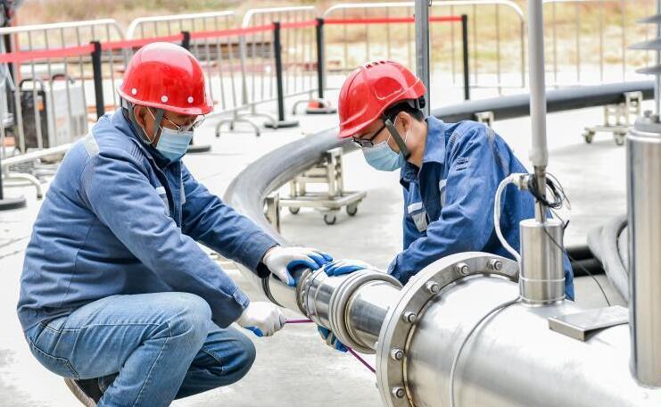 中国首条10千伏三相同轴高温交流超导电缆型式试验成功