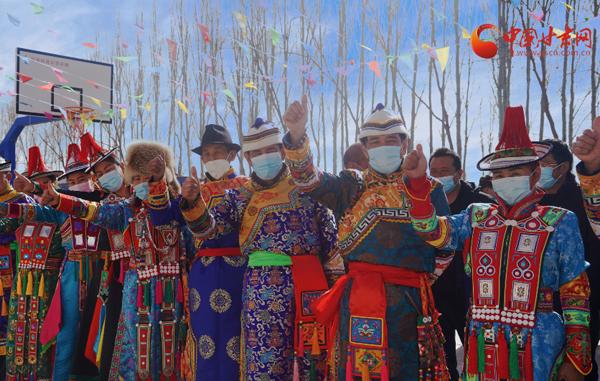 肃南:分红啦分红啦!南沟村村民喜领43.3万元