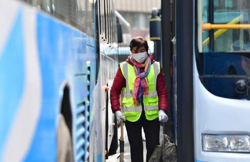 兰州公交集团多举措保障春季学生返校