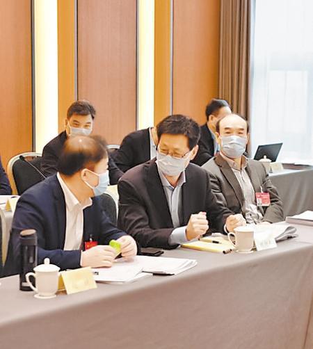 【建言献策】刘仲奎委员:加强乡村教师队伍建设