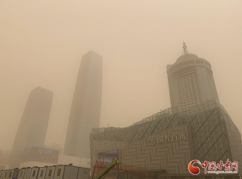 甘肃:准确预报及时预警 全力应对强沙尘天气