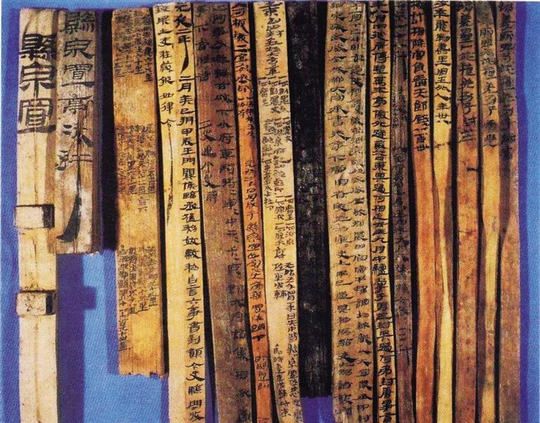 考古专家讲述悬泉置发现故事 何双全亮相《丝路大讲堂》
