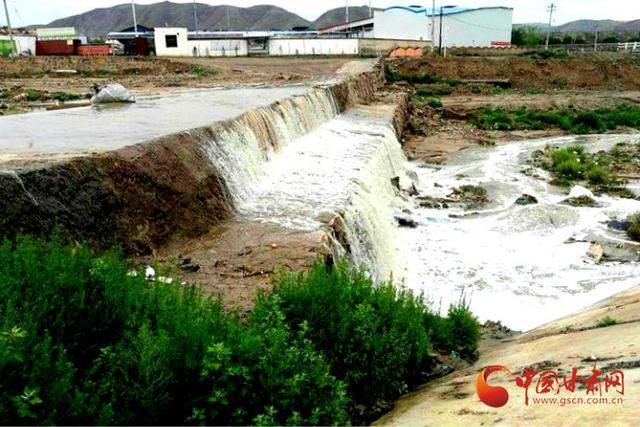 兰州榆中:加快推进和平地区集流洪道项目