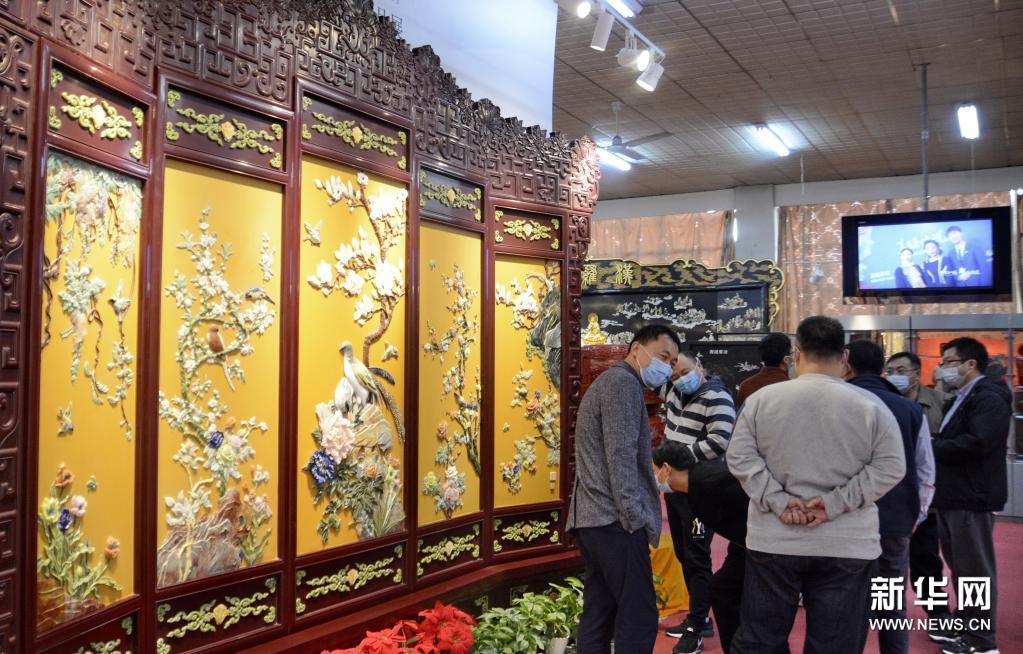 匠心漆韵——金漆镶嵌技艺精品展在京开幕