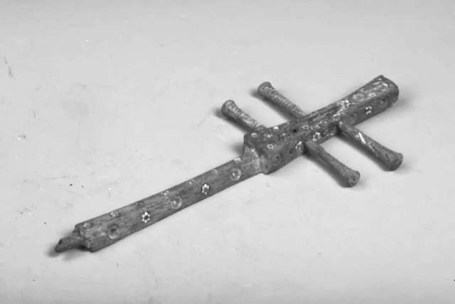 历史眼丨武威冢中琵琶,武则天侄孙女的随葬乐器