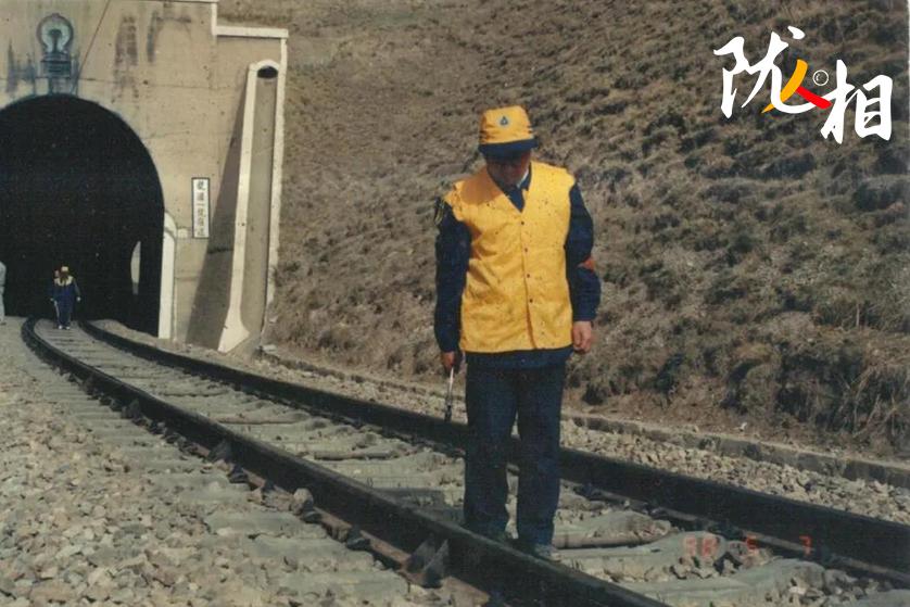 """【陇人相】袁绍根:乌鞘岭上永不松动的""""道钉"""""""