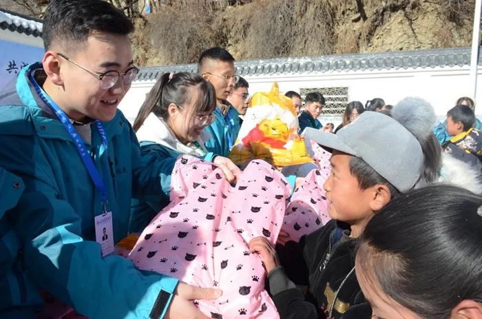 甘肃农业大学:青春守护 让爱留守