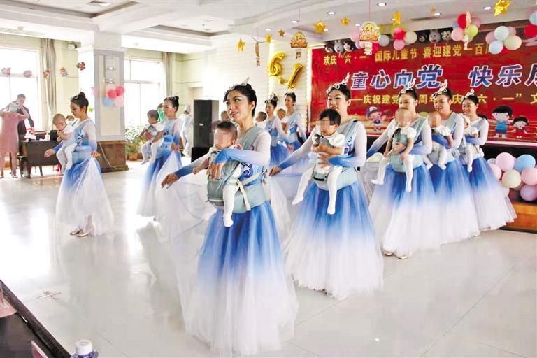 甘肃省残联与特殊儿童共度节日