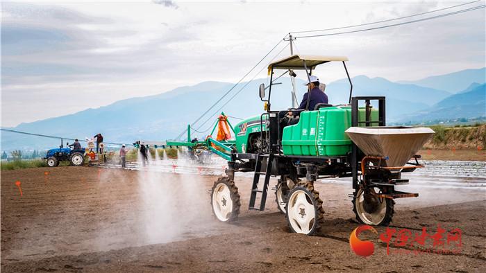 【风华百年路 奋进新陇原】兰州榆中:探索全程机械化蔬菜种植