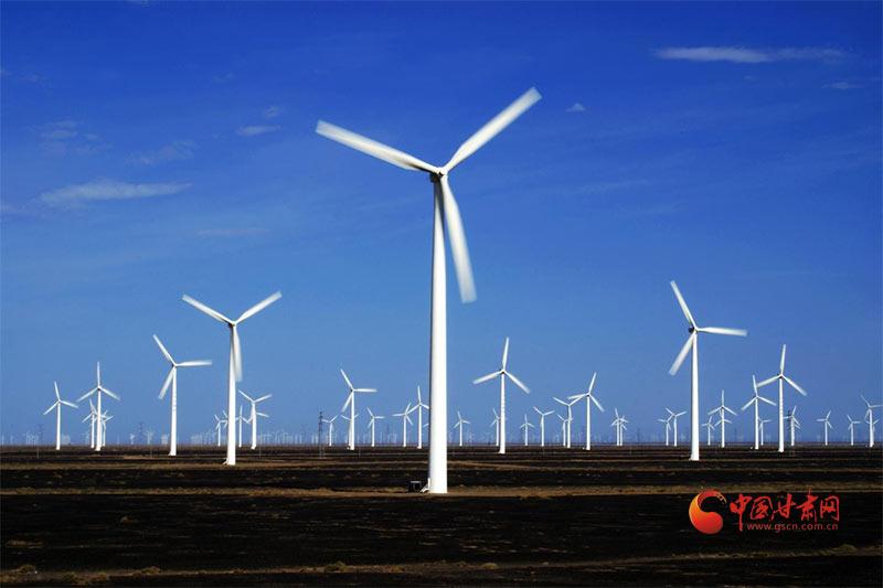 """瓜州:新能源产业顺""""风""""飞扬 追""""光""""崛起"""