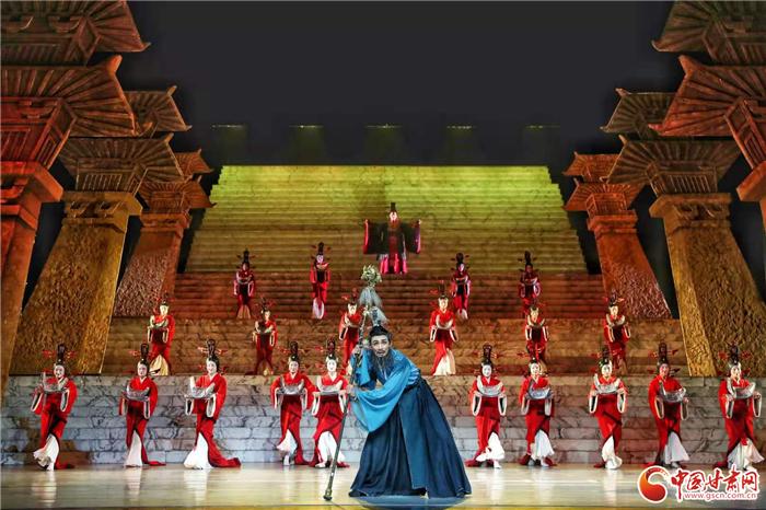 庆祝建党百年!舞剧《彩虹之路》在甘肃大剧院上演 引发全场强烈共鸣
