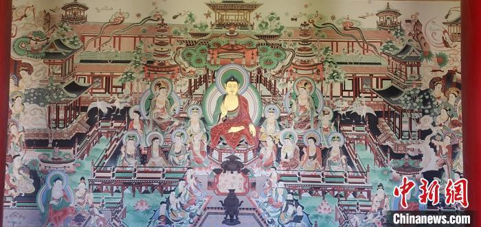 圖為鳩摩羅什寺大型臨摹復制壁畫全貌?!▲F摩羅什寺景區供圖