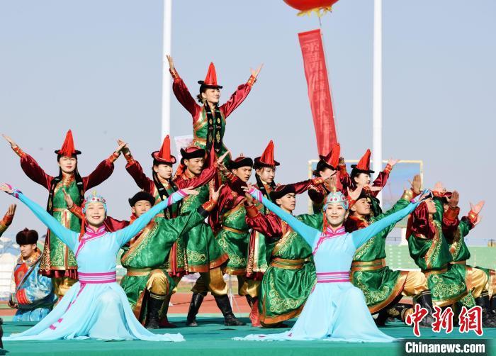 甘肃肃北那达慕展浓郁蒙古族特色游客尽享草原魅力
