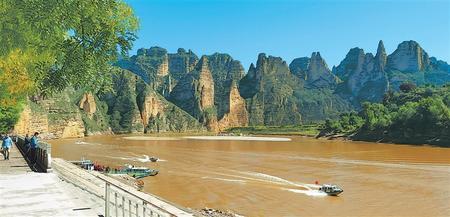 【祖国颂·陇原新气象】永靖县炳灵寺景区成为游客喜爱的旅游打卡地