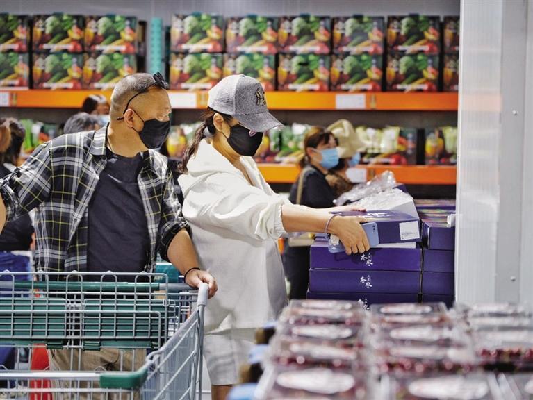 兰州、天水、张掖等5城市消费近27亿元 占全省59%